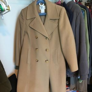 Women's wool coat, size 6, super warm